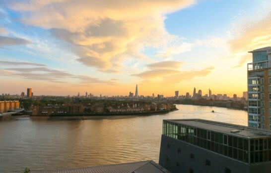 See a New Side of London from Four Seasons Canary Wharf