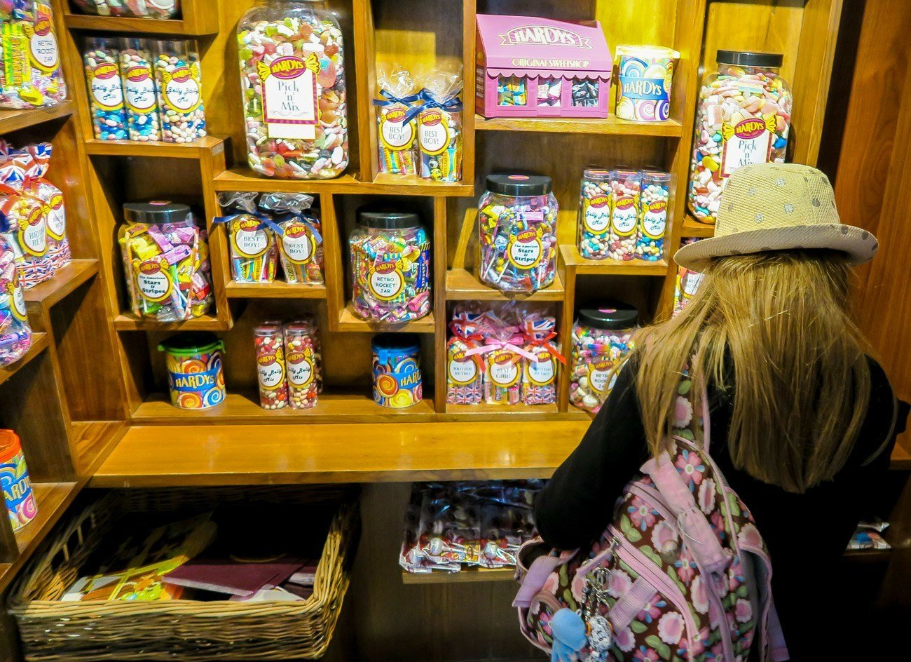 The Hardys pop-up candy shop at Four Seasons Hotel London at Canary Wharf is fun for all ages!