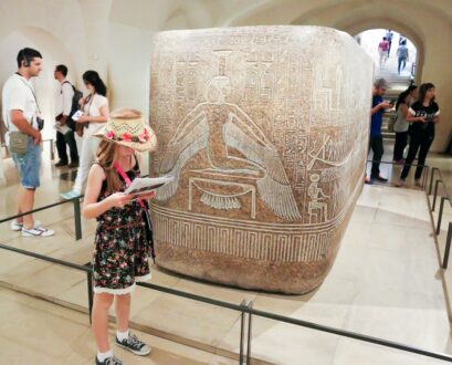 A Treasure Hunt Makes the Louvre Museum Fun for All Ages