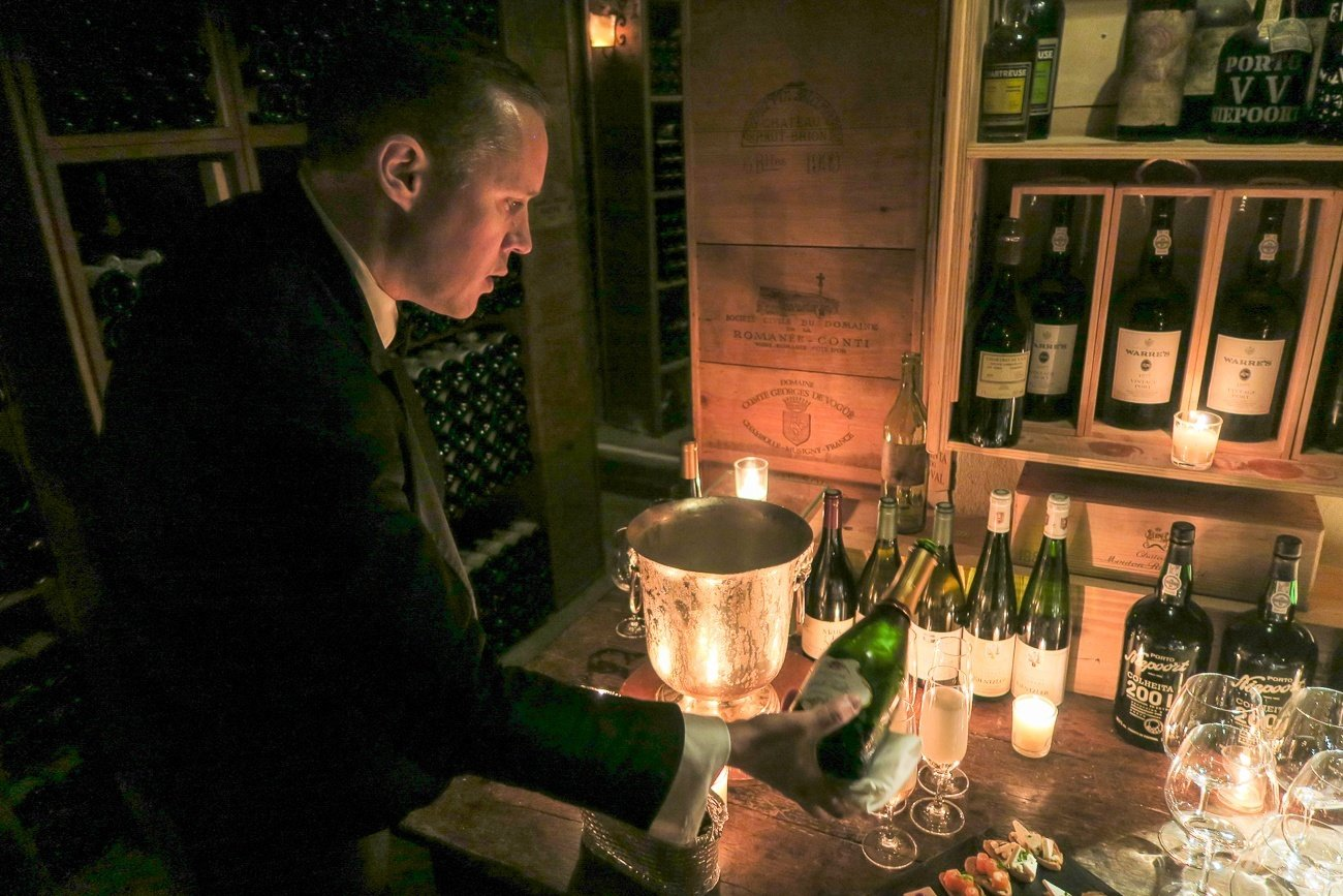 Taste Wine In The Four Seasons George V Paris Cellar La