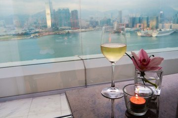 How to use a luxury hotel concierge desk to make your journey amazing.