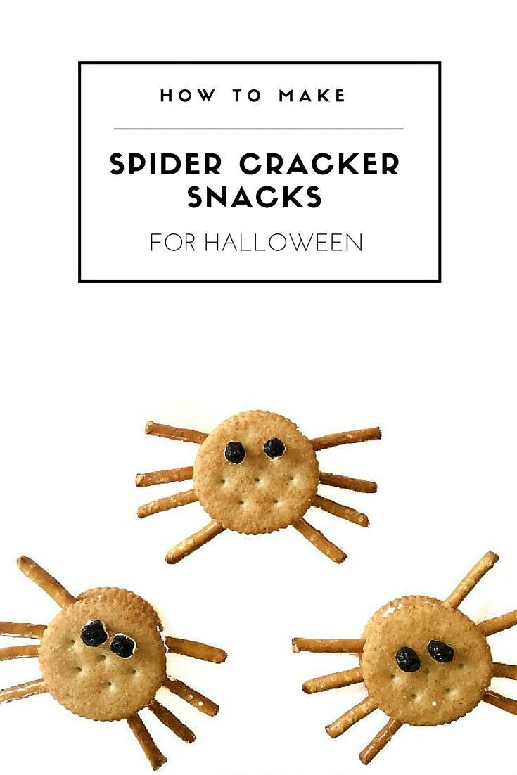 This spider cracker recipe makes a for a healthy kids' snack for Halloween and beyond.