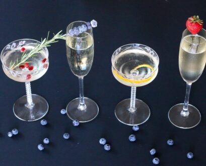 5 Really Easy Ways to Garnish a Champagne Glass