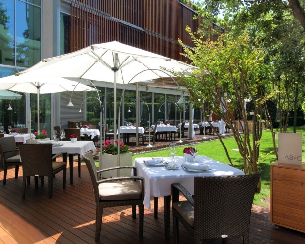ABaC Restaurant Barcelona Is a 2014 TripAdvisor Travelers' Choice award winner