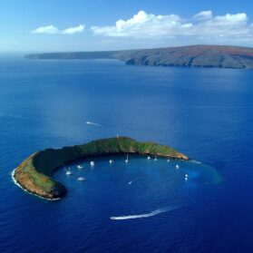 What It's Like to Be the First Snorkelers at Molokini Crater