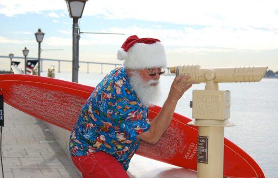 San Diego's Surfin' Santa Arrives to Seaport Village