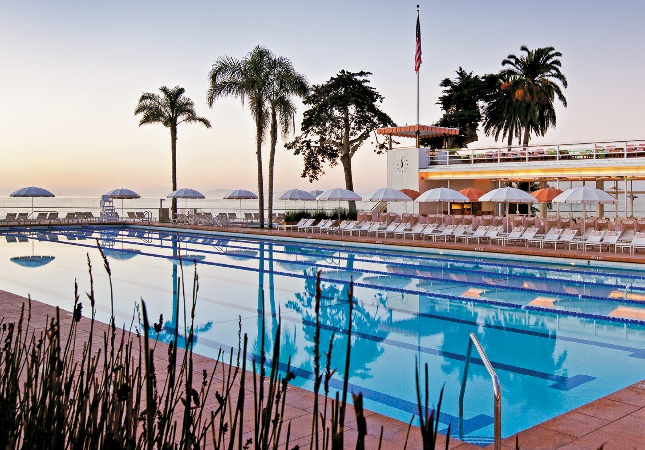 Guests of Four Seasons Santa Barbara have access to the exclusive Coral Casino Club with its fitness amenities and heated Olympic-sized pool