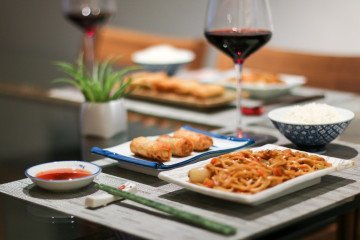 You can have easy Chinese food at home within minutes thanks to PF Chang's Home Meals.