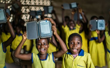 Join Passports with Purpose to raise funds to support adding digital readers to five libraries in Kenya through Worldreader. We'll chat about the prizes anyone can bid on at the next #KidsNTrips Twitter party.