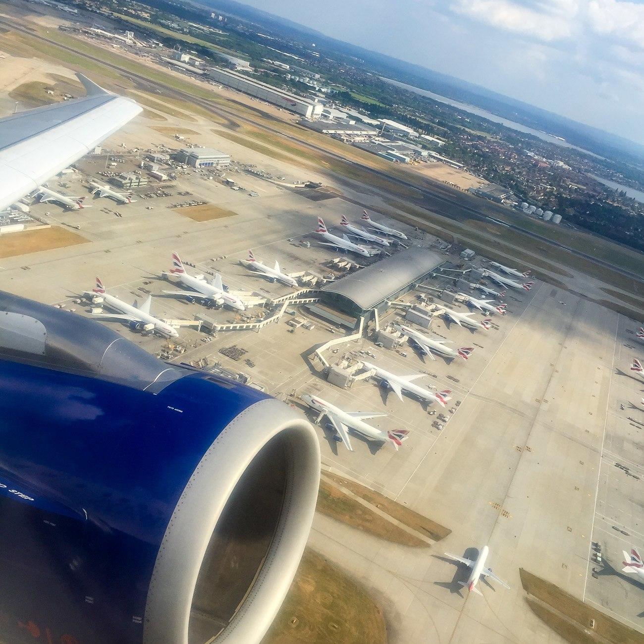 A British Airways flight to Paris on take-off from Heathrow Airport