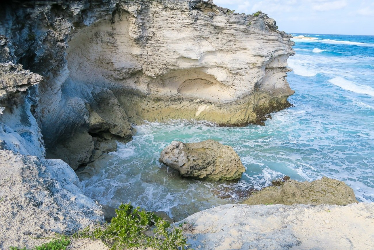 The swimming pigs tour with Exuma Water Sports also stops at several scenic islands in the Exumas.