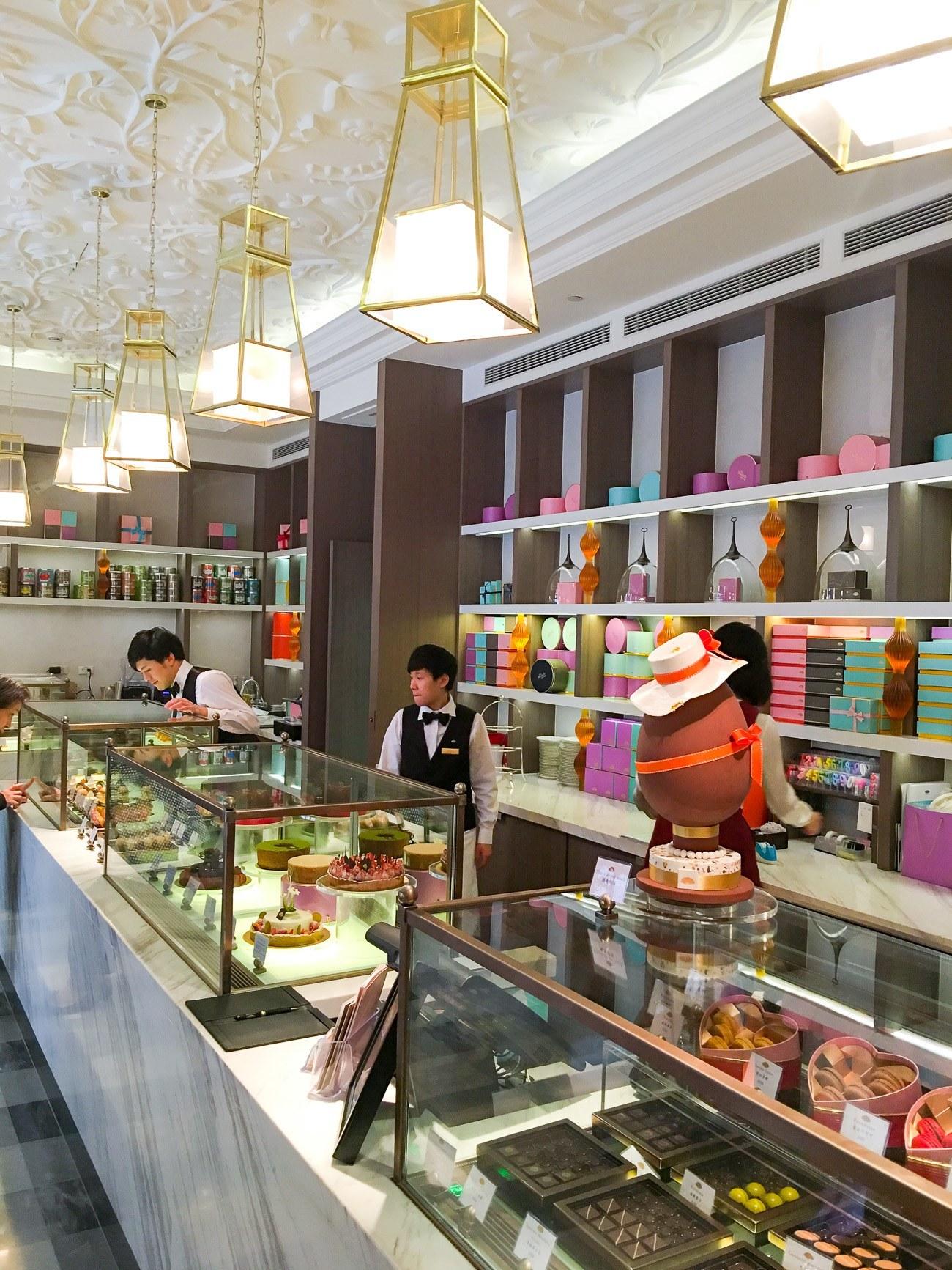 The beautiful Mandarin Cake Shop at Mandarin Oriental, Taipei