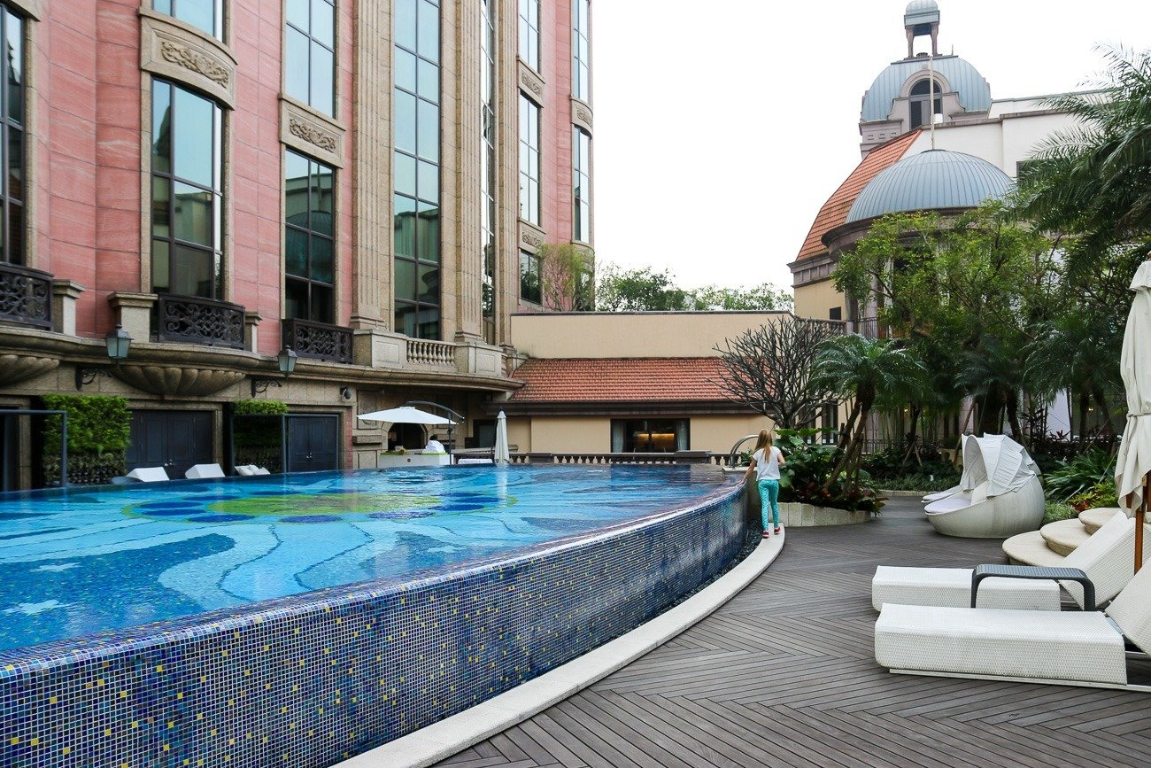 The pretty Mandarin Oriental, Taipei outdoor pool.