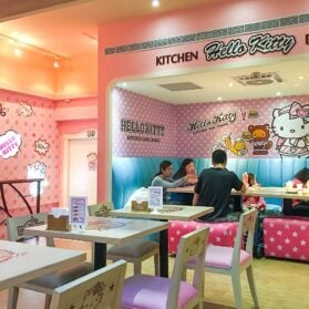 What It's Like to Eat at Taipei's Hello Kitty Cafe