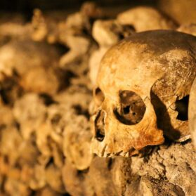 What It's Like Inside the Paris Catacombs (and How to Skip the Line)