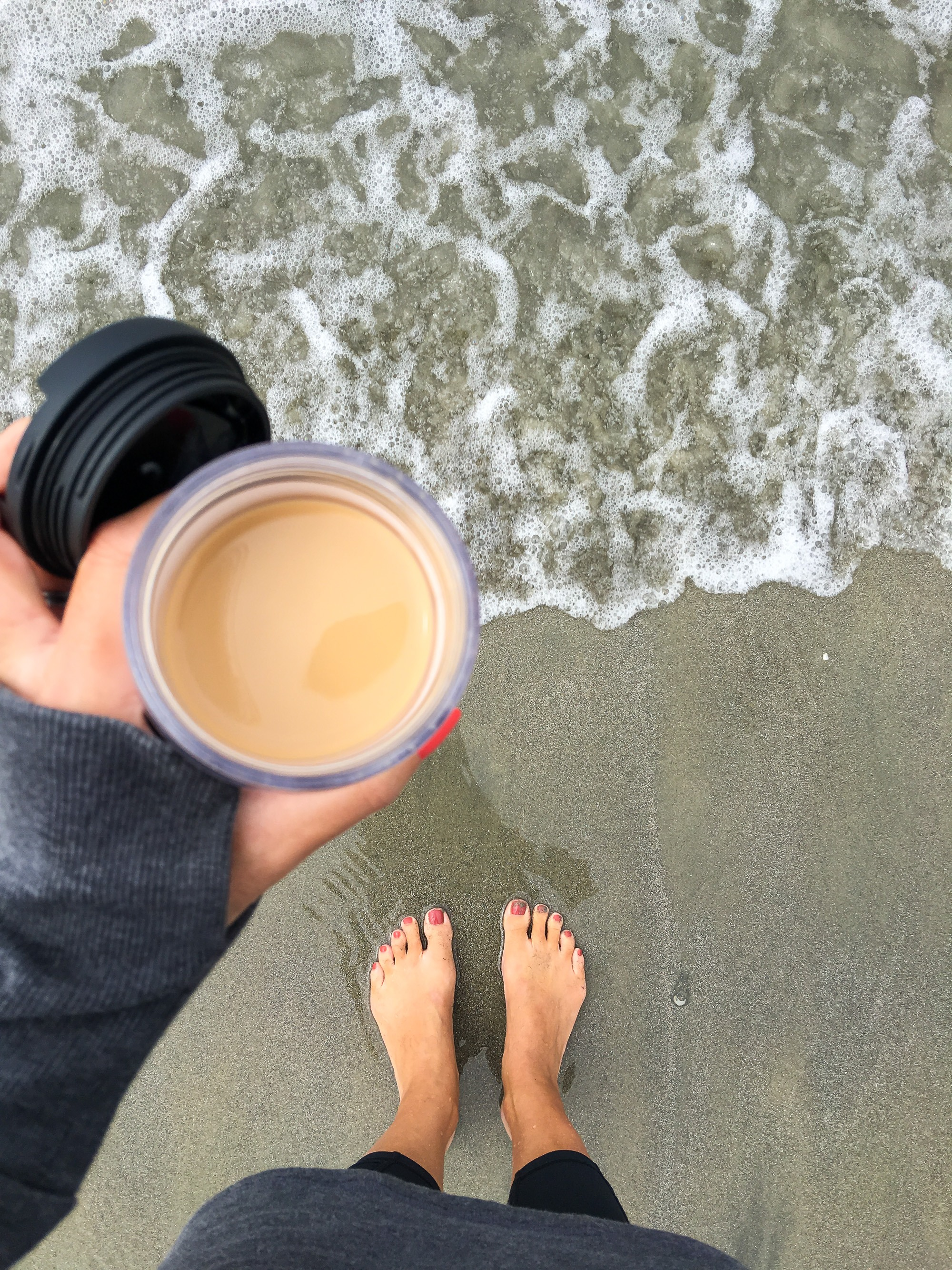 Take a Starbucks Pumpkin Spice Caffe Latte made with a K-Cup® pod to the beach.