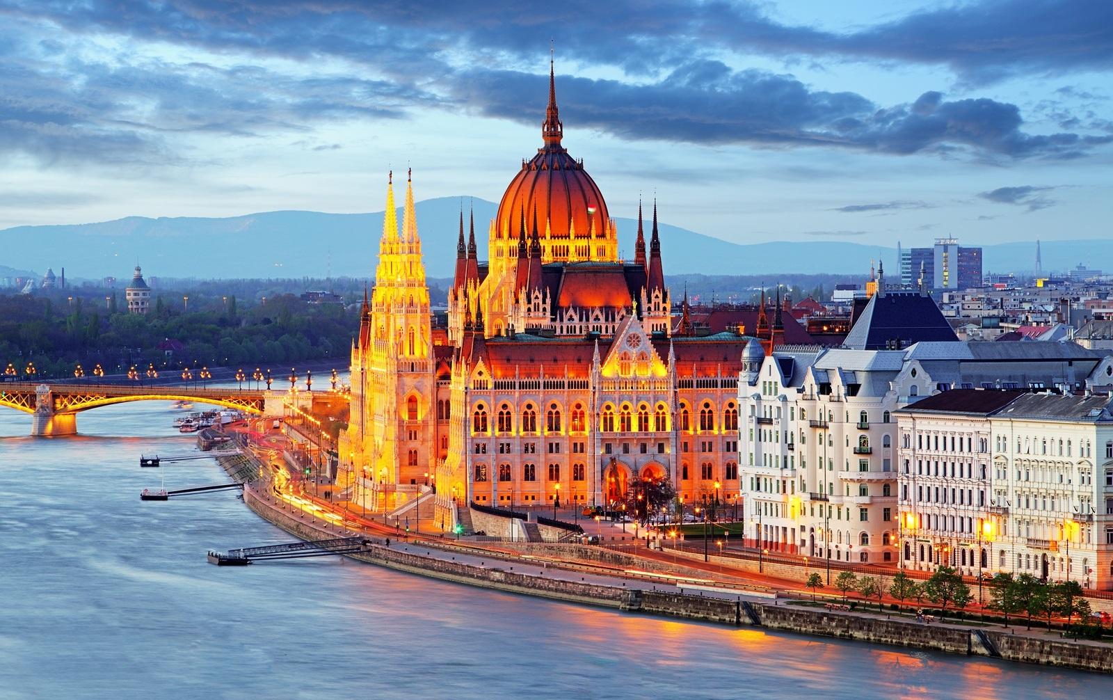 Win a Family Blue Danube River Cruise with Tauck - La Jolla Mom