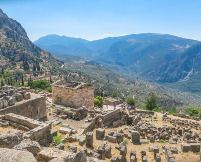 How to Take a Private Day Trip from Athens to Delphi