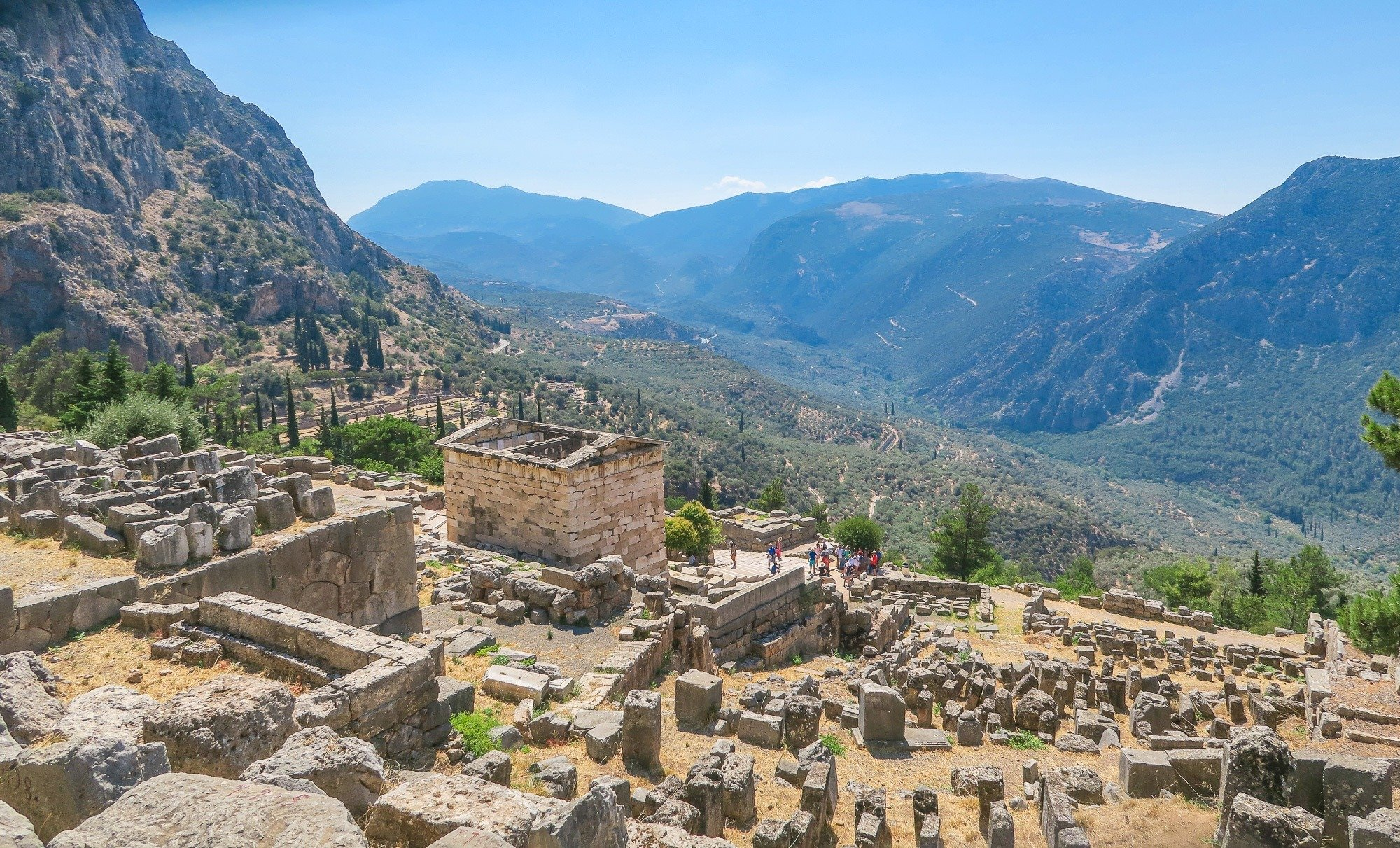 How to take a private tour to Delphi as a day trip from Athens, Greece.