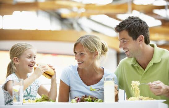 Restaurants Where Kids Eat Free in San Diego