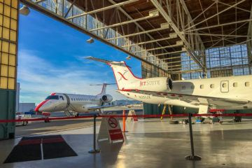 What it's like to fly JetSuiteX from Burbank to Mammoth.