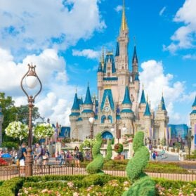 What It's Like to Take a Walt Disney World VIP Tour at Magic Kingdom