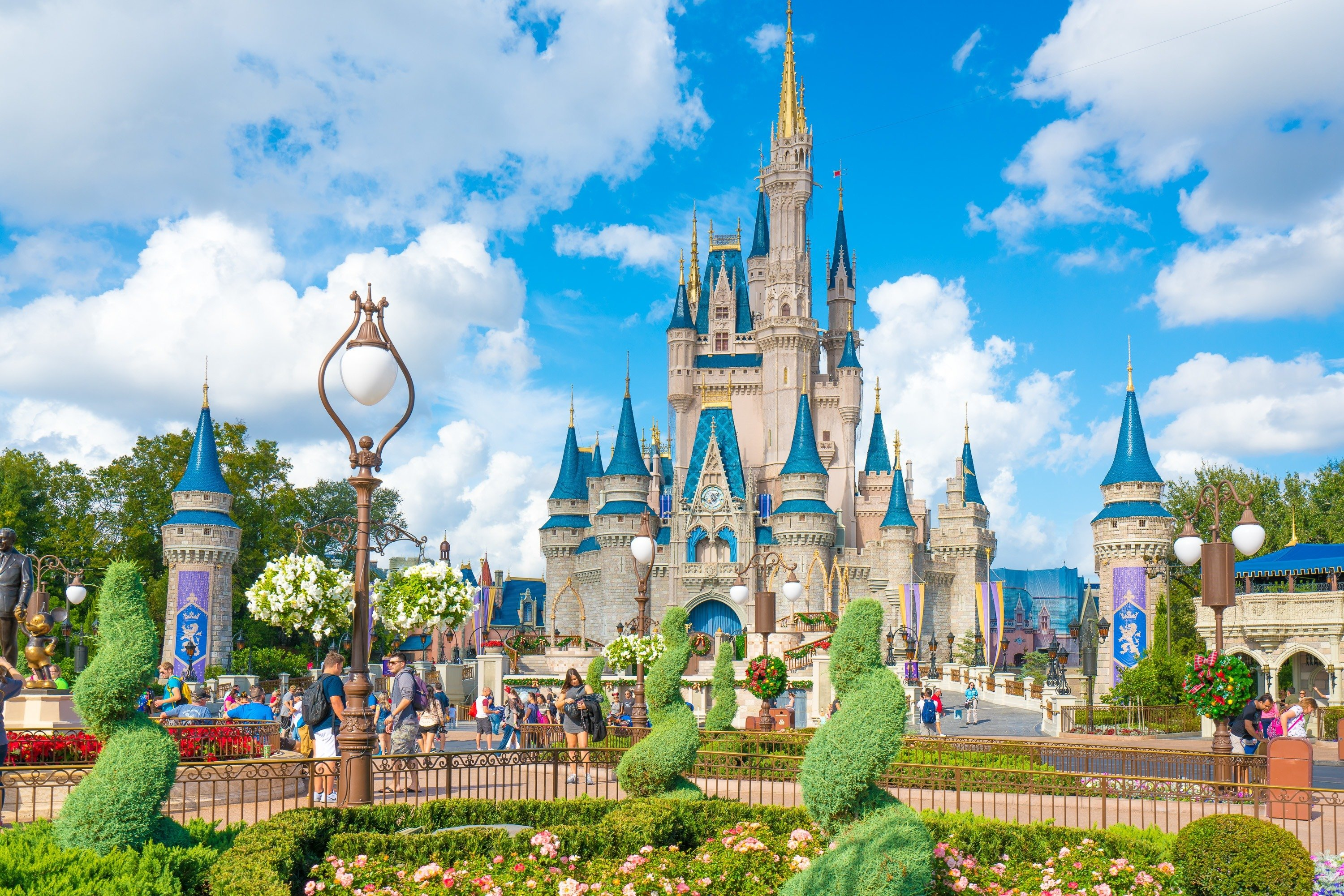 why is disney world so dominant in the attraction industry When walt disney world opened in an orlando  disney's main attraction hosted a record 19 million  so why not take advantage of what people are.