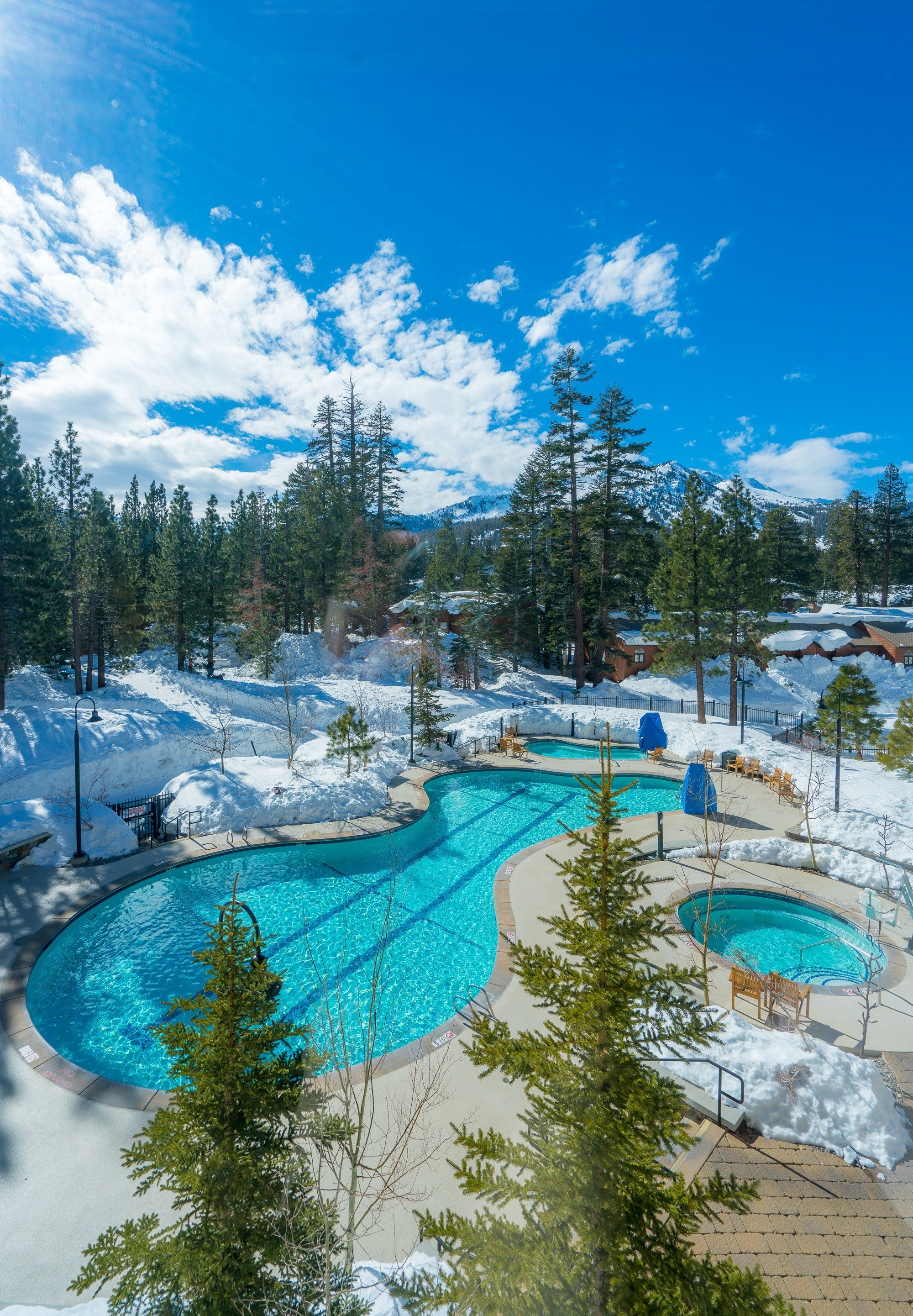 The gorgeous pool deck at The Westin Mammoth after snowfall.