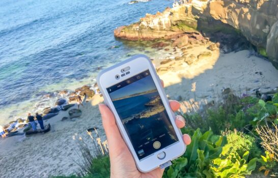 6 Ways to Make Your iPhone Beach Ready