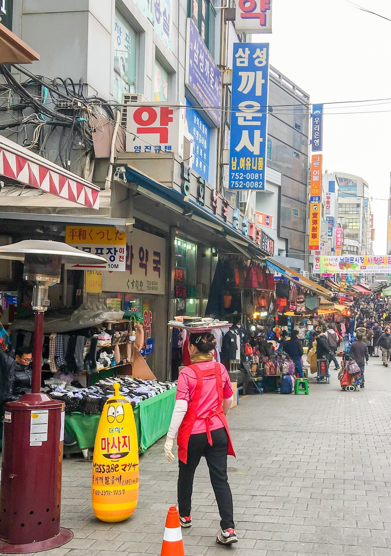 The streets of Namdaemun Market in Seoul were build before cars.