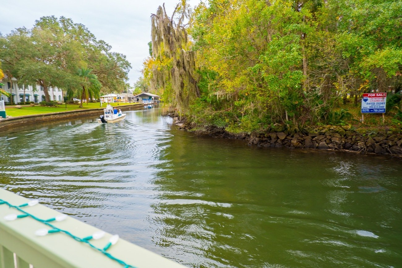 Boats along the canals near the The Plantation on Crystal River.
