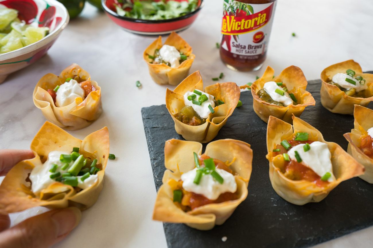 A recipe for mini taco bites with La Victoria mango habanero salsa.