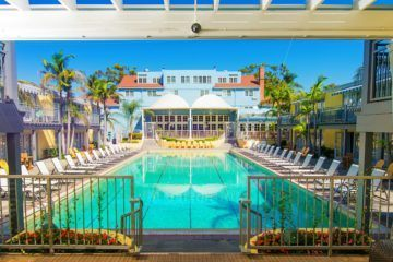 Cheap hotels in San Diego include the fabulous and iconic Lafayette Hotel, Swim Club and Bungalows