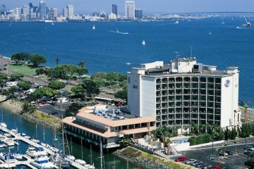 The Hilton San Diego Airport Hotel is one of the closest to the San Diego airport.