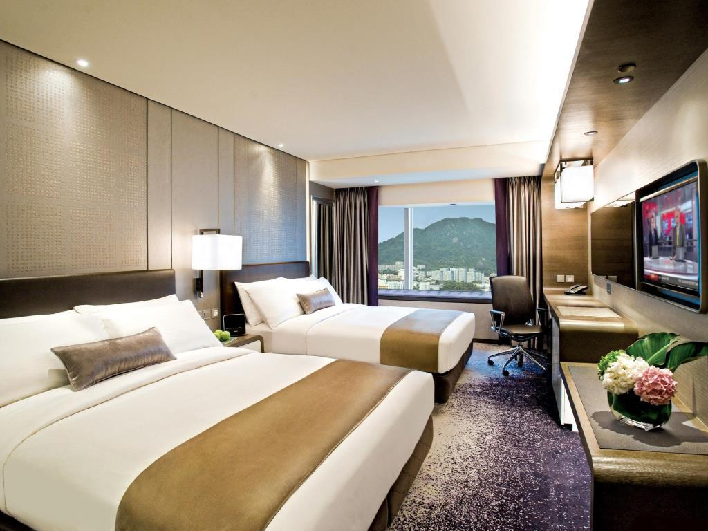 The Royal Plaza Hotel is a family friendly hotel in Hong Kong.