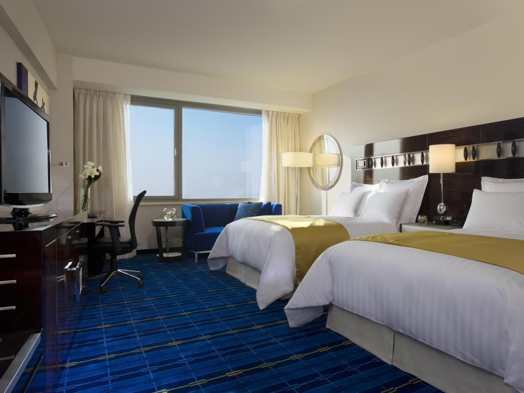SkyCity Marriott is a family-friendly Hong Kong hotel near the airport.
