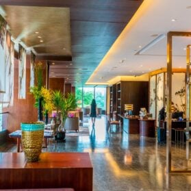 Luxury Hotel Review: Mandarin Oriental Pudong, Shanghai