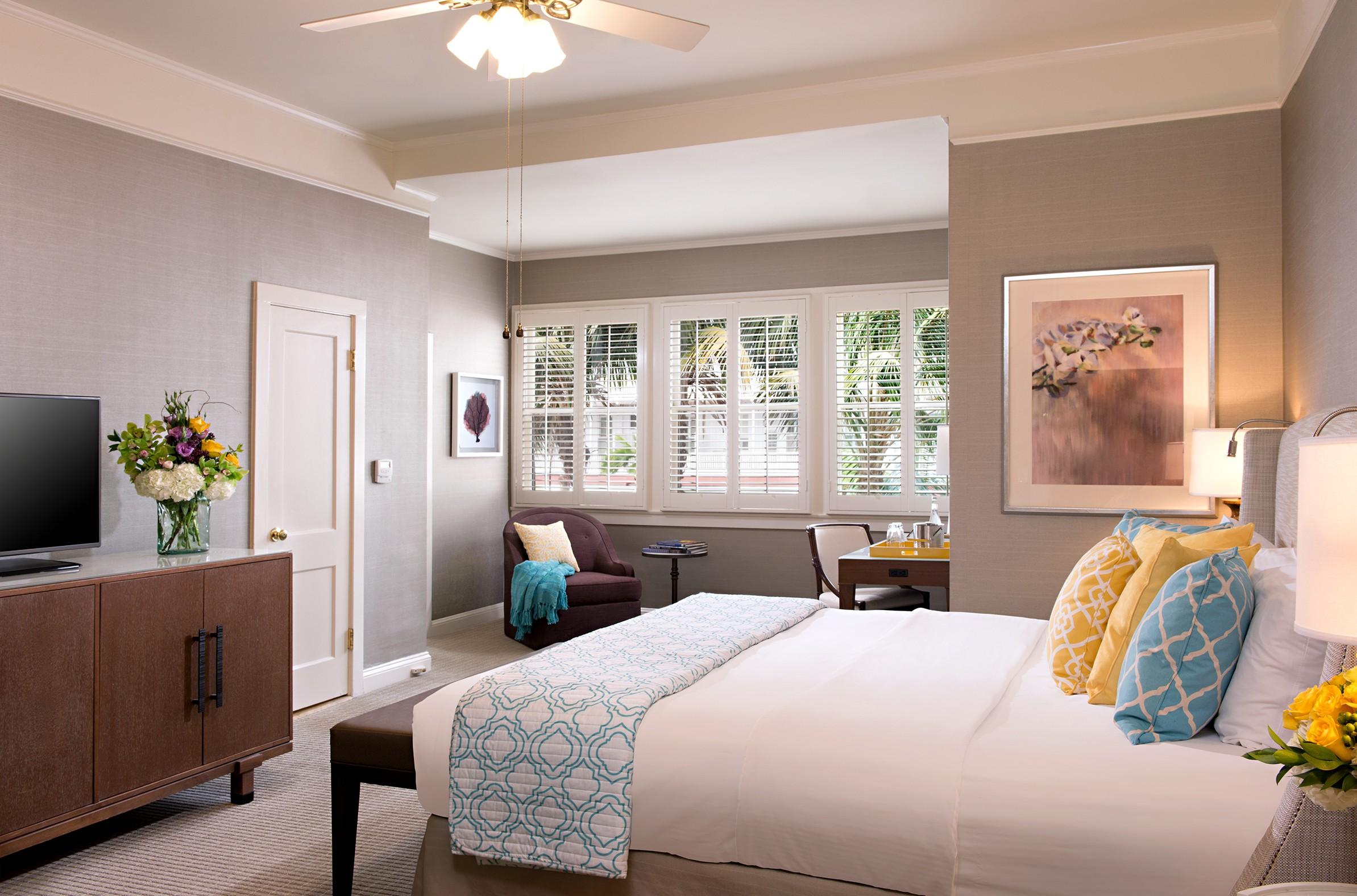 Resort view king room at Hotel Del Coronado.