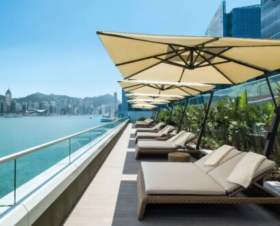 9 Moderately-Priced Hong Kong Luxury Hotels