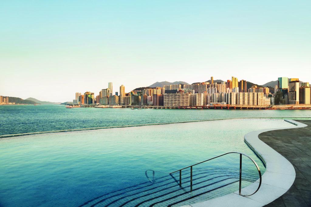 The pool at Kerry Hotel Hong Kong