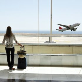 How to Book Flights for Business Travel and Earn Rewards
