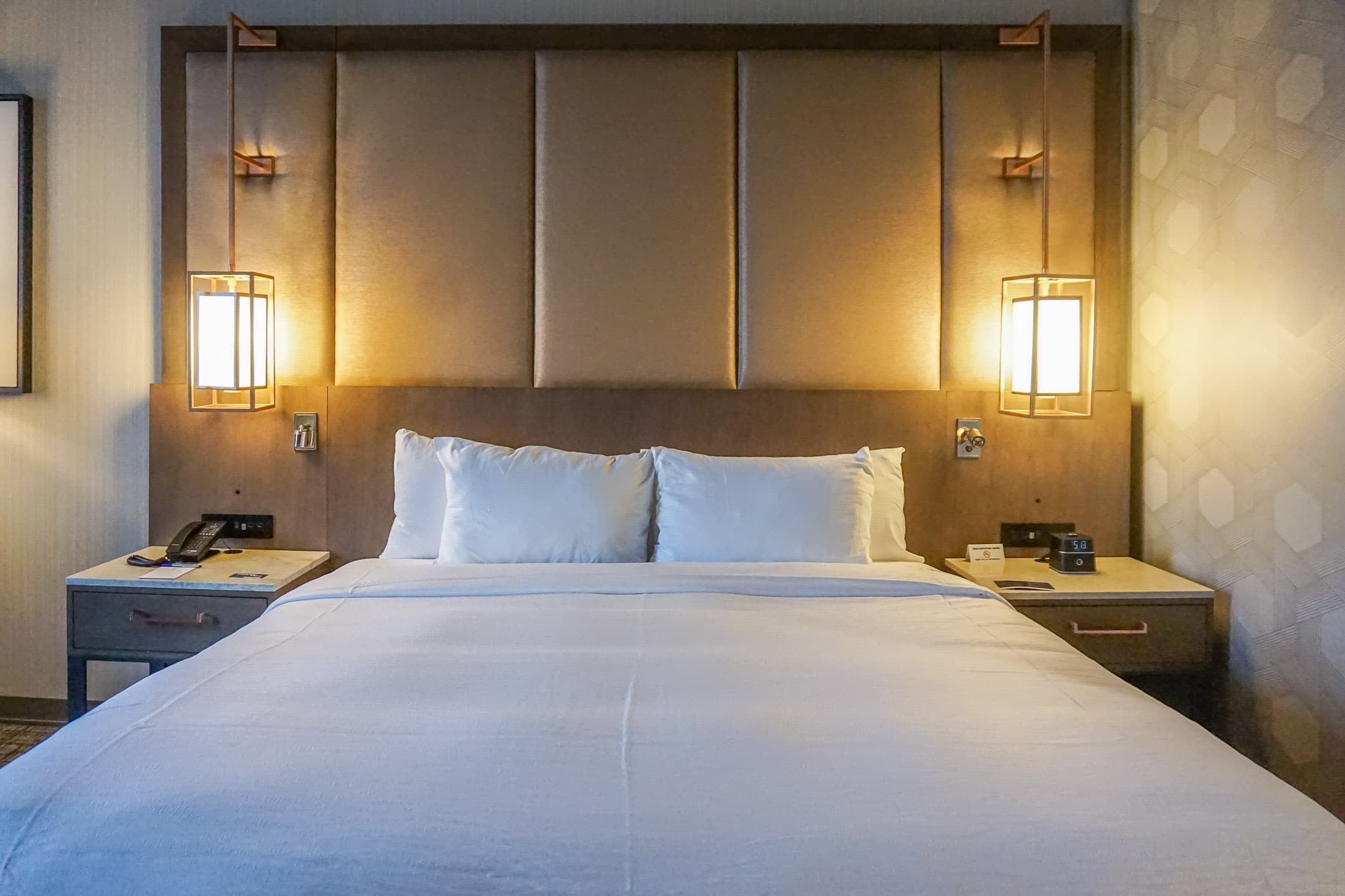 H Hotel near LAX has comfortable beds