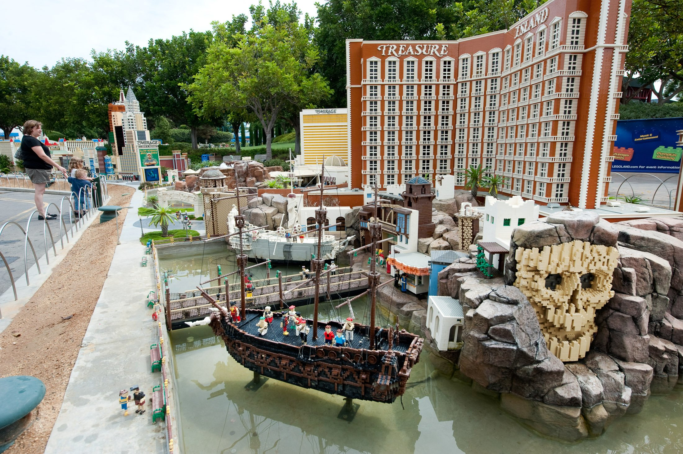 LEGOLAND makes a perfect family vacation in California