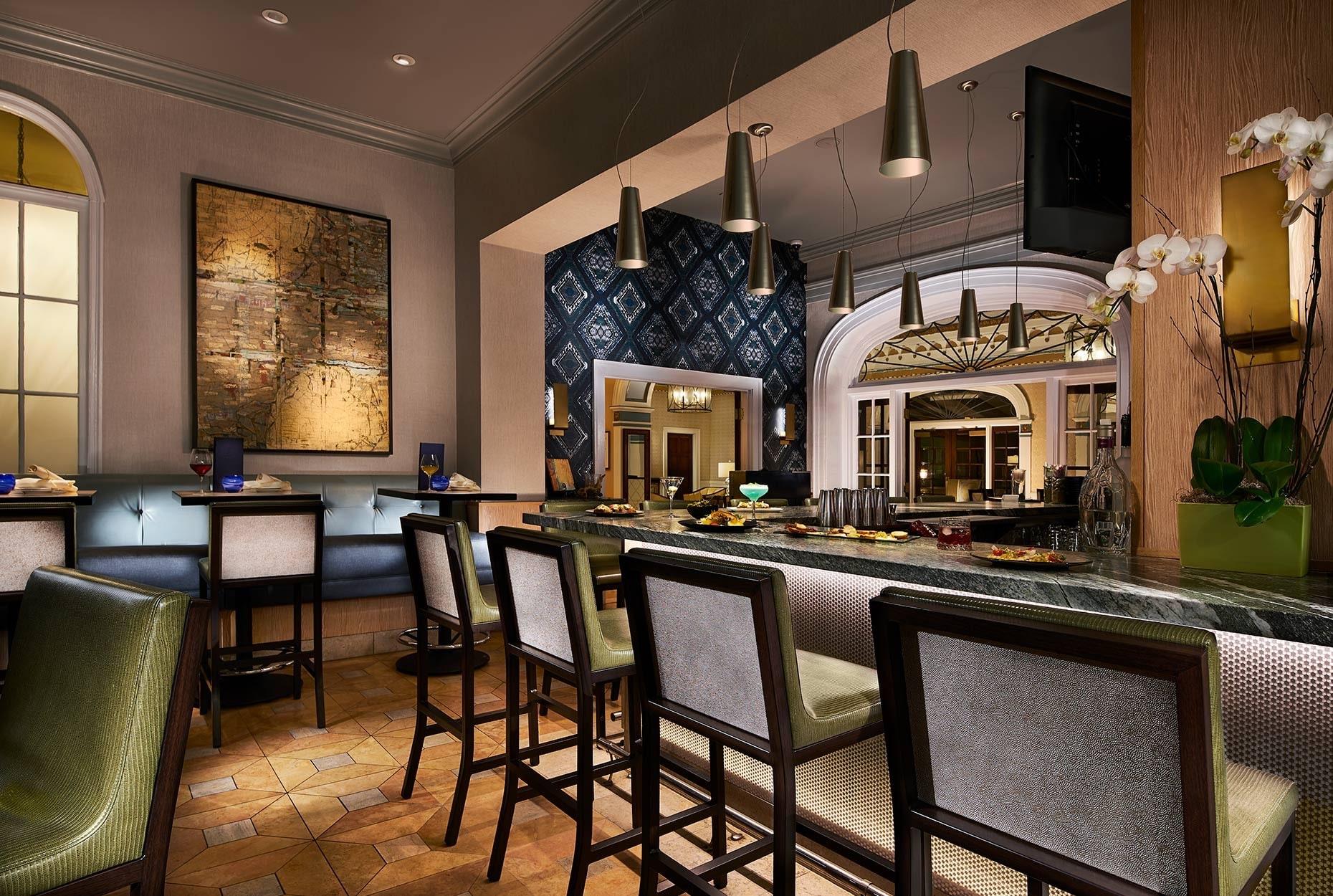 The bar at Nine-Ten at Grande Colonial hotel in La Jolla