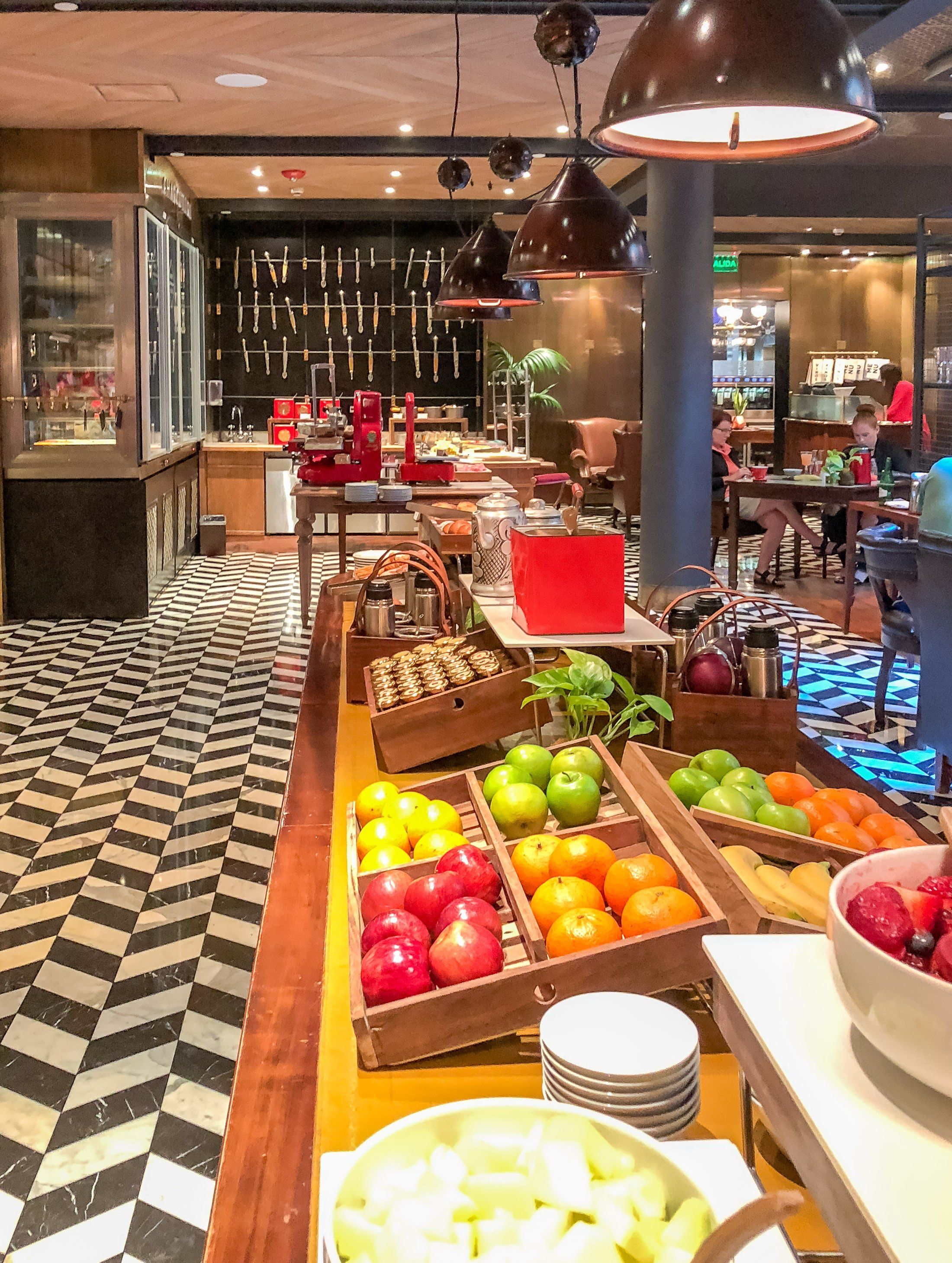 Four Seasons Buenos Aires breakfast at Elena