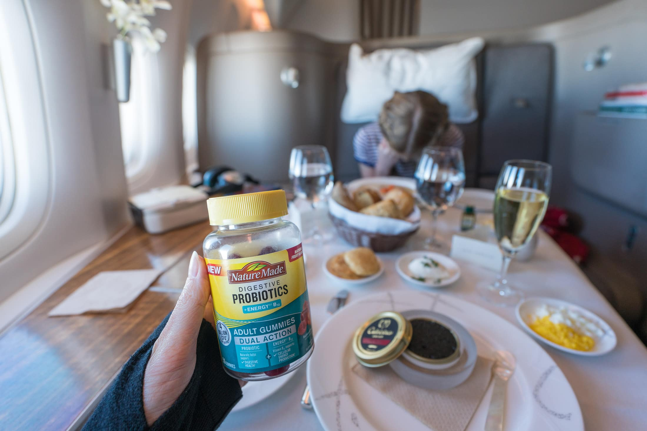 6 Easy Tips for How to Stay Healthy While Traveling - La