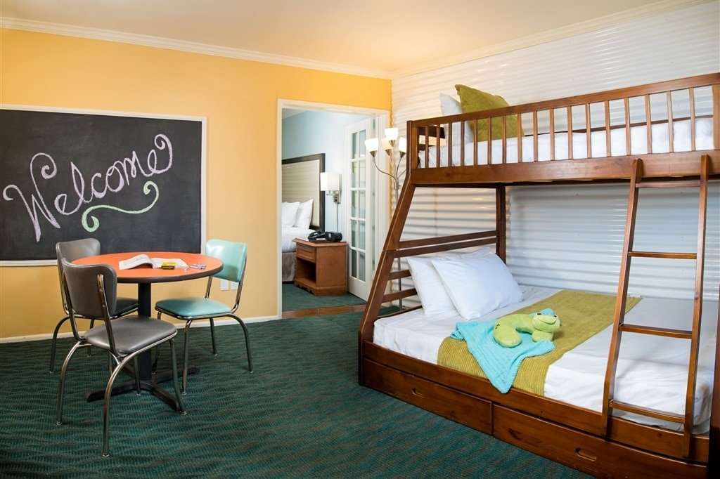Lafayette Hotel has rooms for large families