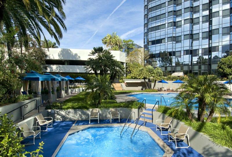 hilton universal city pool