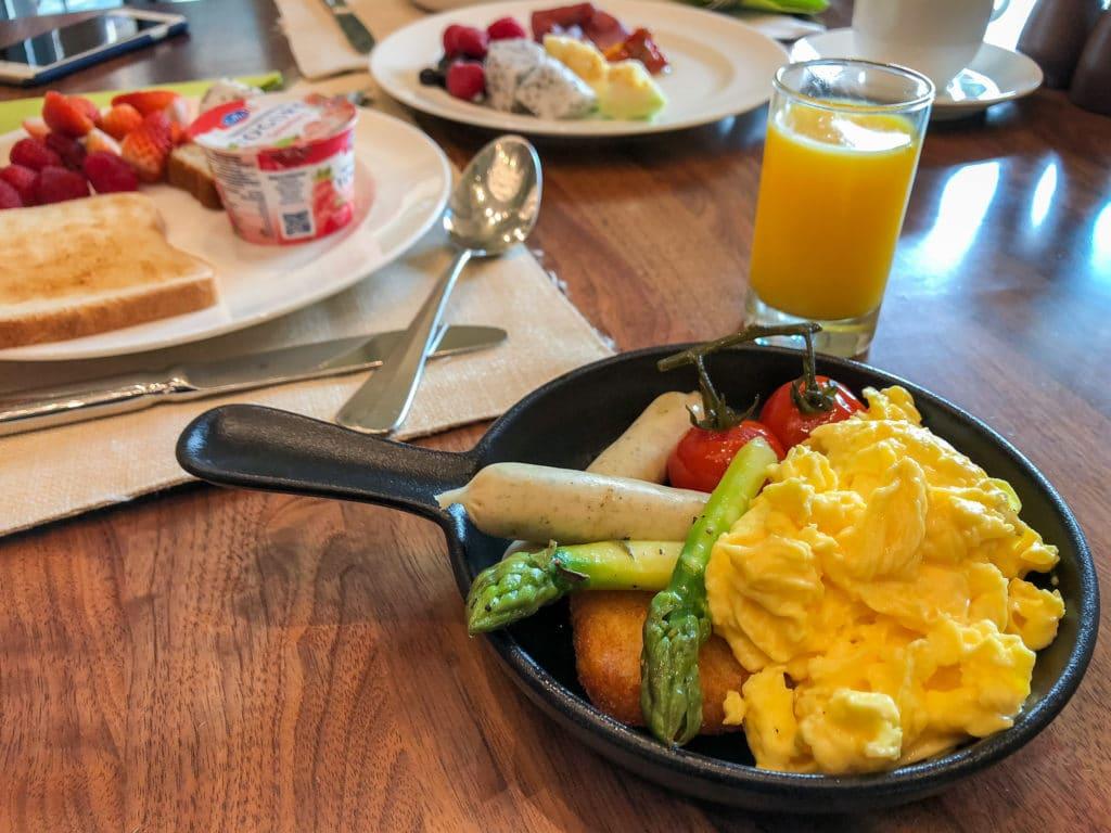 World of Color breakfast at Hong Kong Disneyland