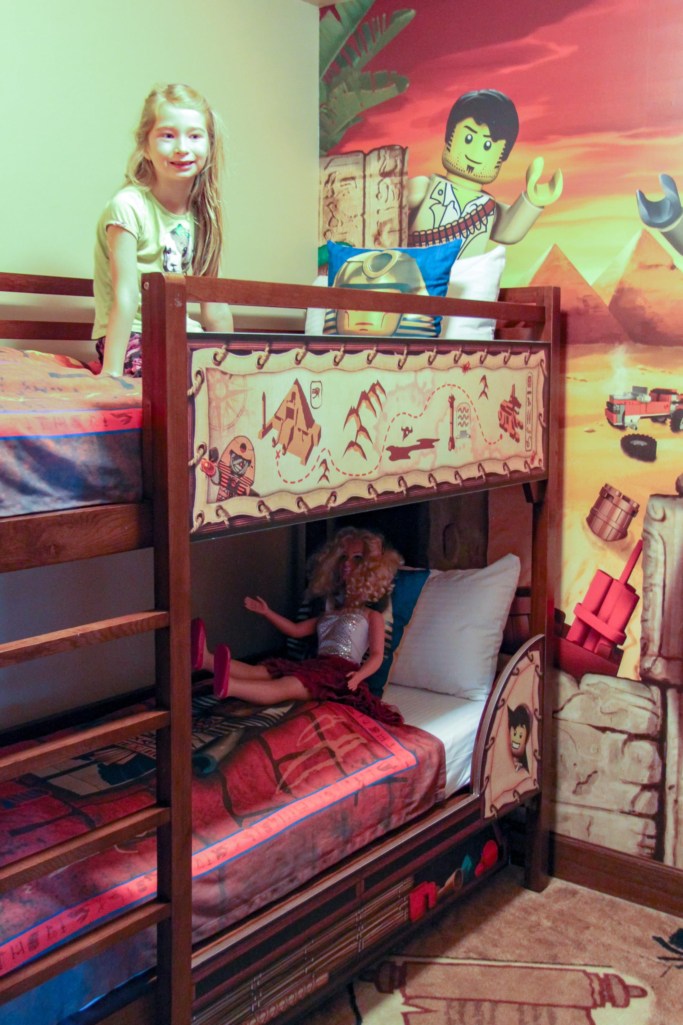 LEGOLAND Hotel Adventure room bunk beds